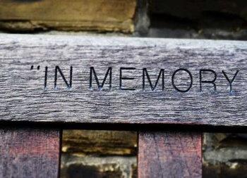 Homenajes de los difuntos, de Esquelas Madrid